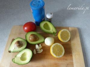 Składniki na guacamoli