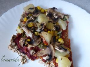 wegańska pizza na owsianym spodzie